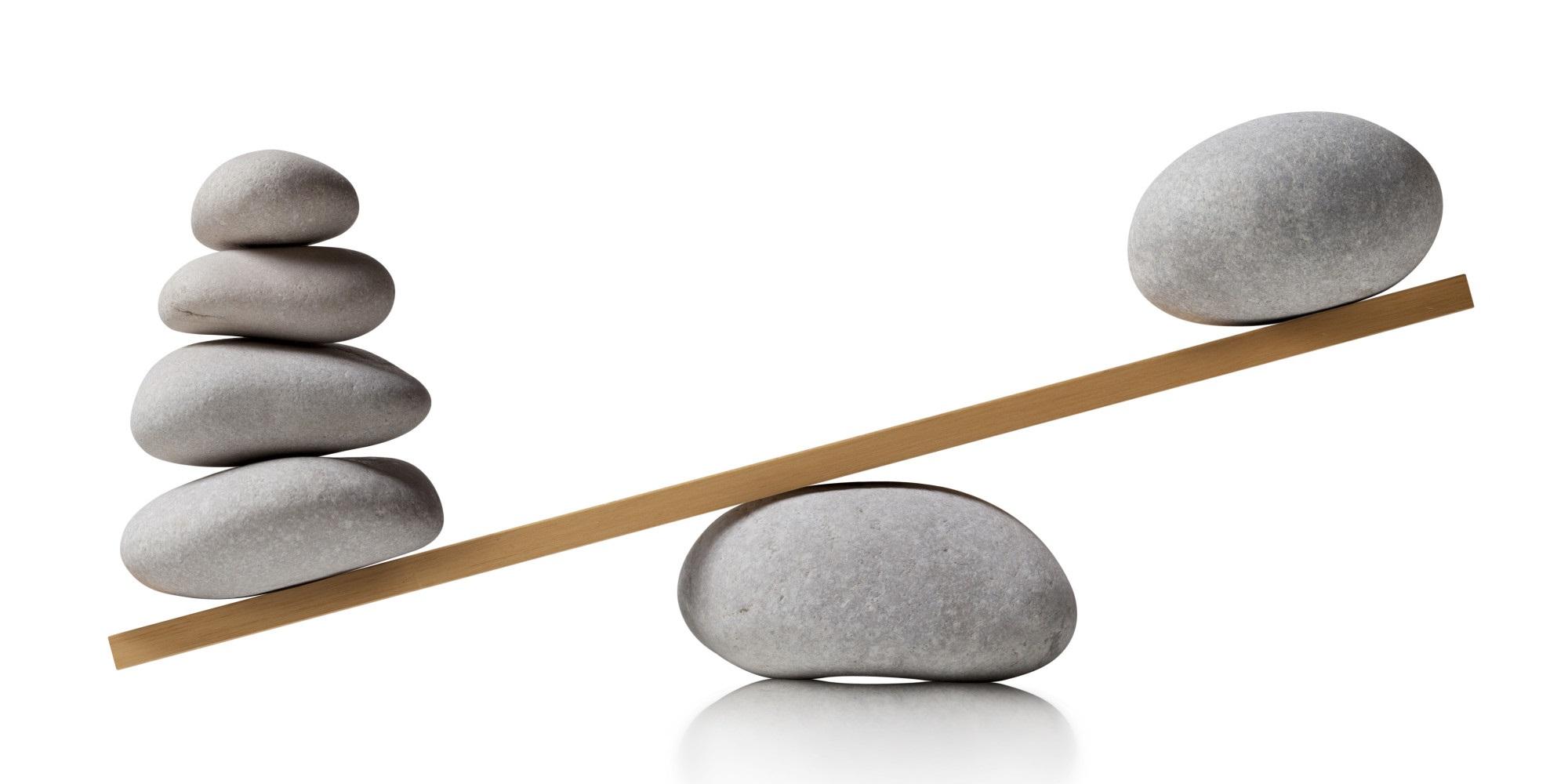 Weegschaal. Balancerende stenen